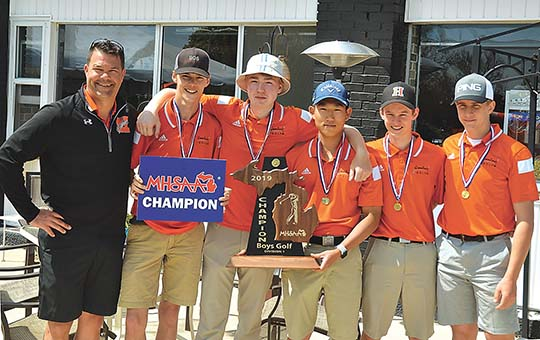 Gremlin champions: Houghton boys win Division 1 golf title