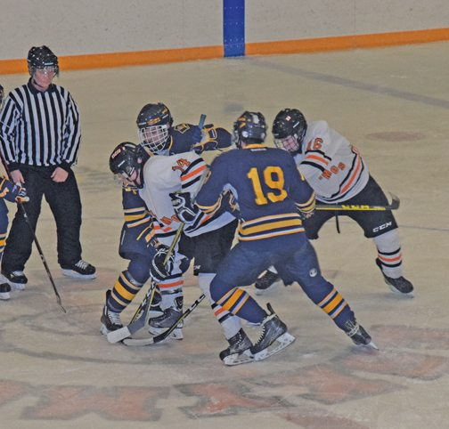 Escanaba Eliminates Negaunee Miners In MHSAA Division 2