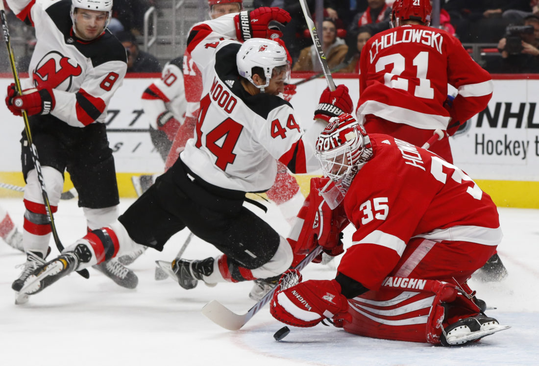 quality design 2508f 6b781 Red Wings beat Devils 4-3 with short-handed goals in 3rd ...