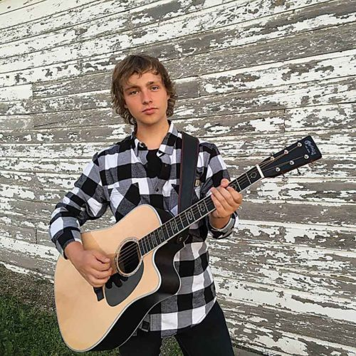 Saturday, from noon- 3 p.m., Daniel Starks will showcase his exciting blend of toe-tapping folk rock and soul-stirring gospel at Dakota Square Mall.  Submitted Photo