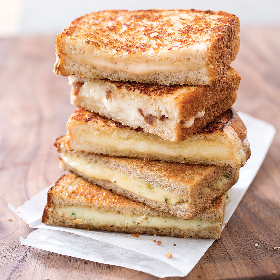 Grown Up Grilled Cheese America S Test Kitchen