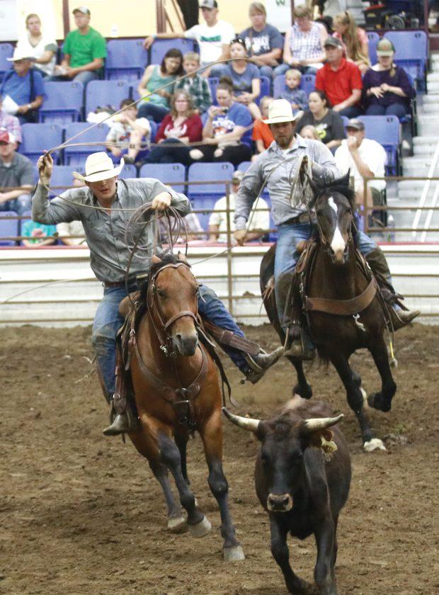 Ranch Rodeo returns | News, Sports, Jobs - Minot Daily News
