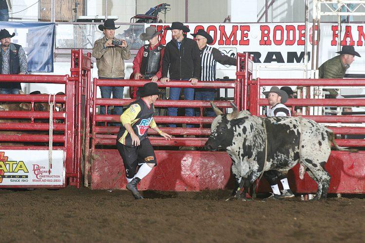 Y's Men's Rodeo rides again