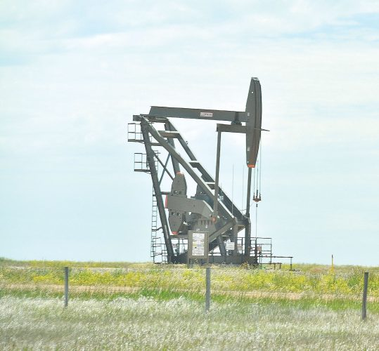 ND drillers set oil production record in August
