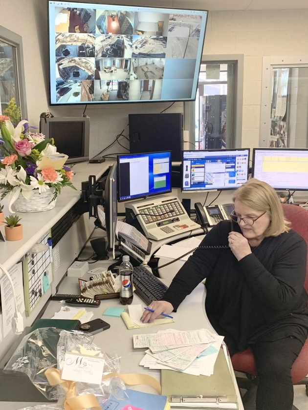 Columbiana Dispatcher Retires After 42 Years Of Service News