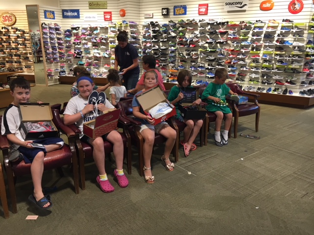 Amherst Jr Women S Club Donation Helps Kids Prepare For