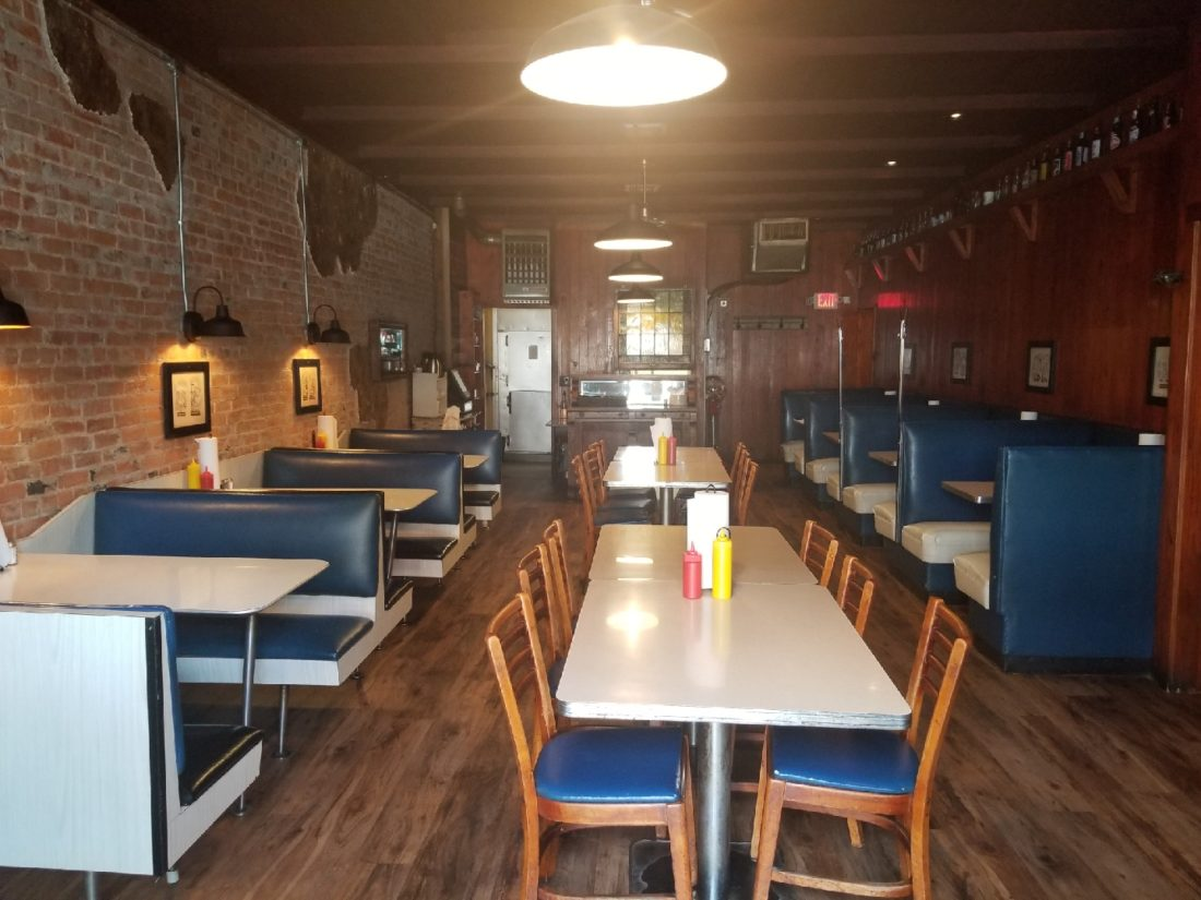 Restaurant Notes Extra Decatur S 2 Brothers Bar And