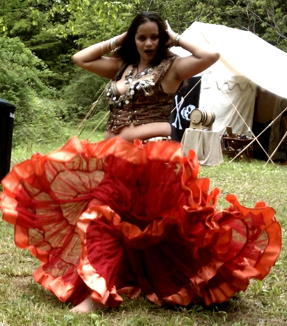 Renaissance Faire Costume Ideas DIY Tips for Men Women u0026 Kids  sc 1 st  NH.life & Renaissance Faire Costume Ideas: DIY Tips for Men Women u0026 Kids ...