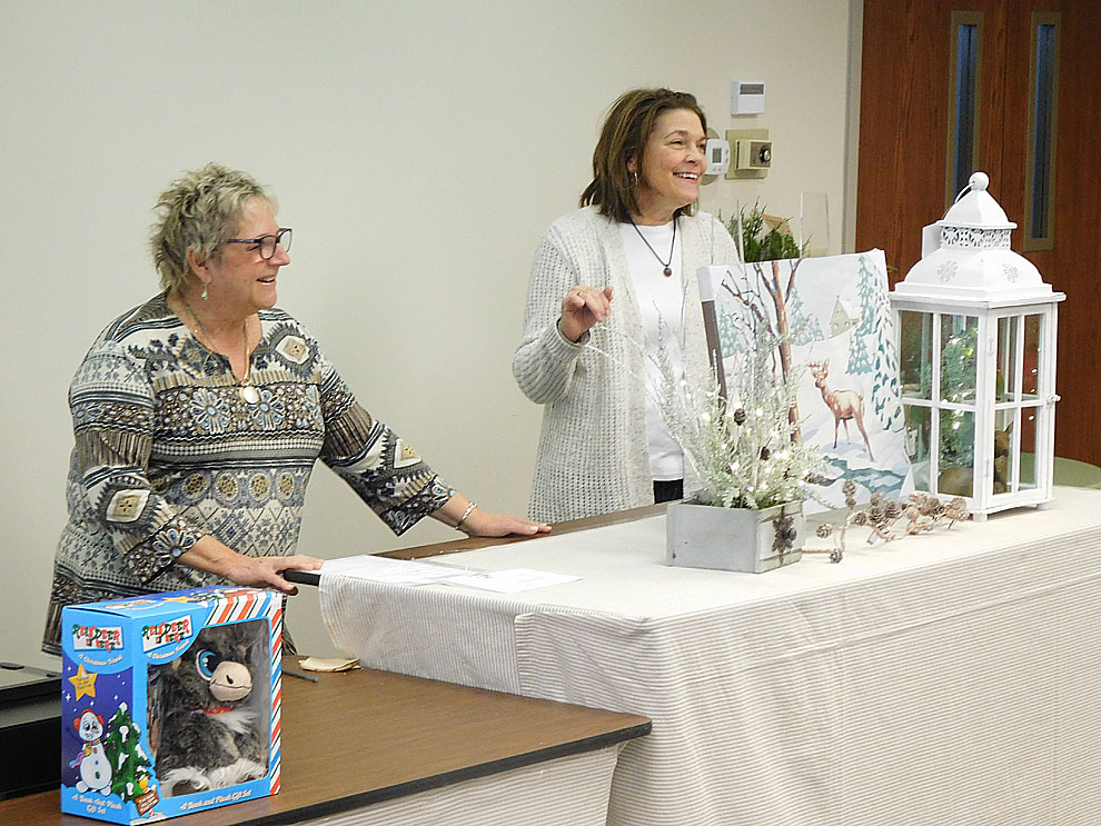Workshop Shares Ideas For Decorating For Holidays News Sports