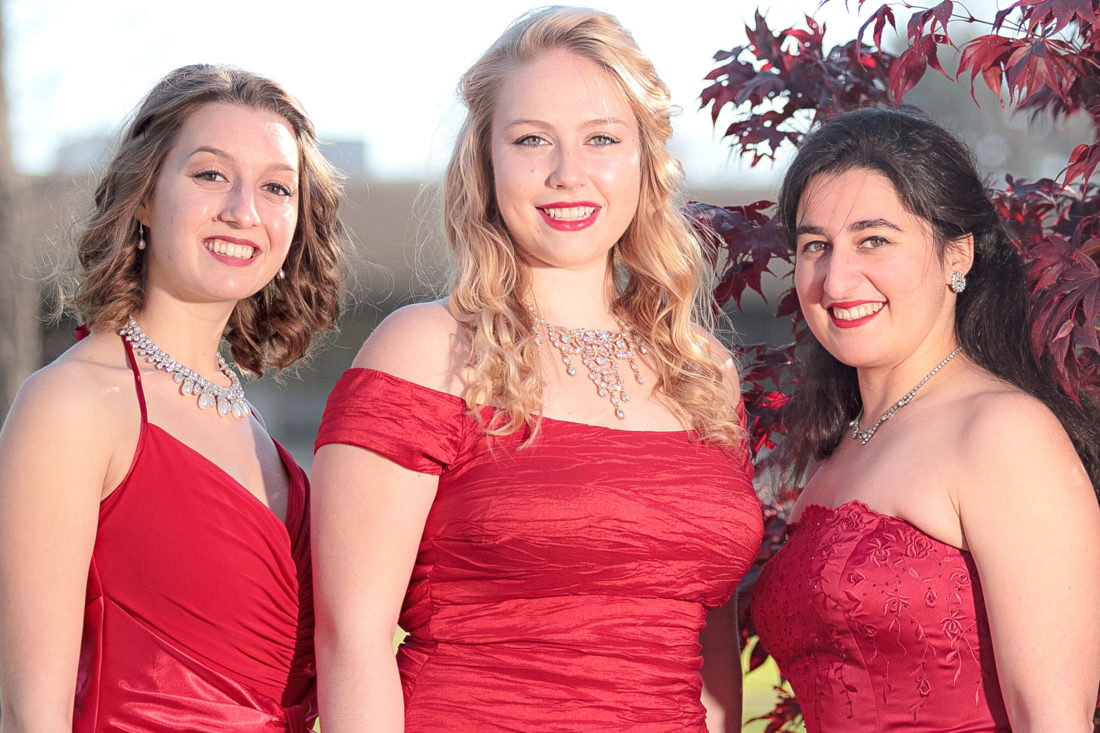 Fredonia students share spotlight at holiday concert | News