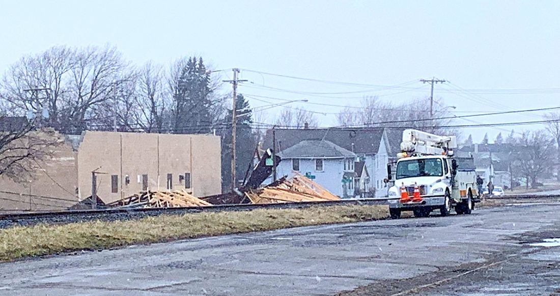 Roof Torn Off Building In City Of Dunkirk News Sports