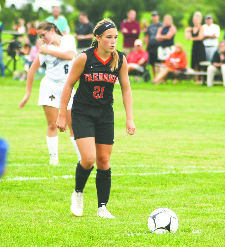 Laural Erick signs to play NCAA Div  II women's soccer for