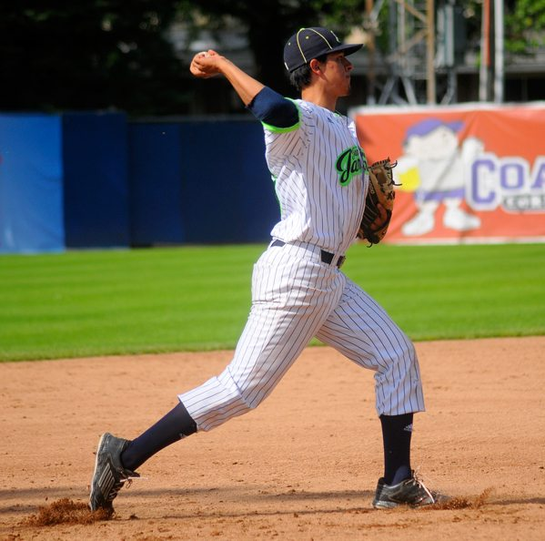 Jammers third baseman Chris Estrada throws to first base for an out during the seventh inning. P-J photo by Matt Spielman
