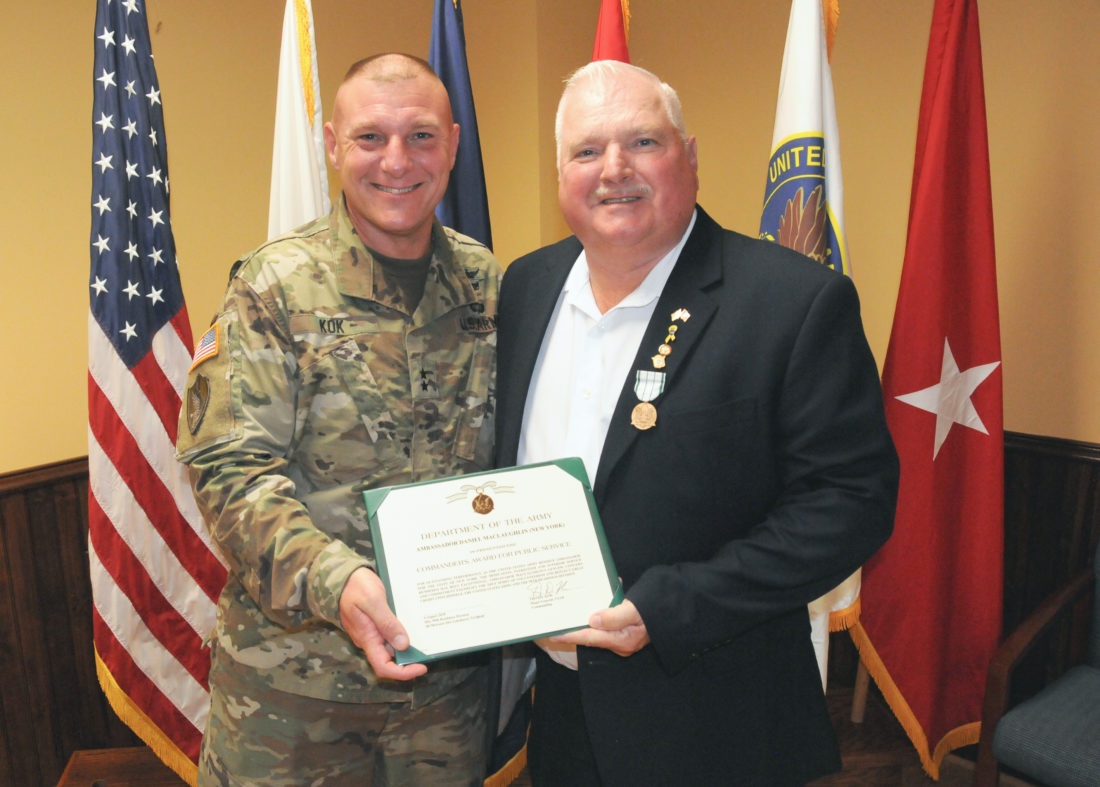 Army Reserve Ambassador Receives Public Service Award