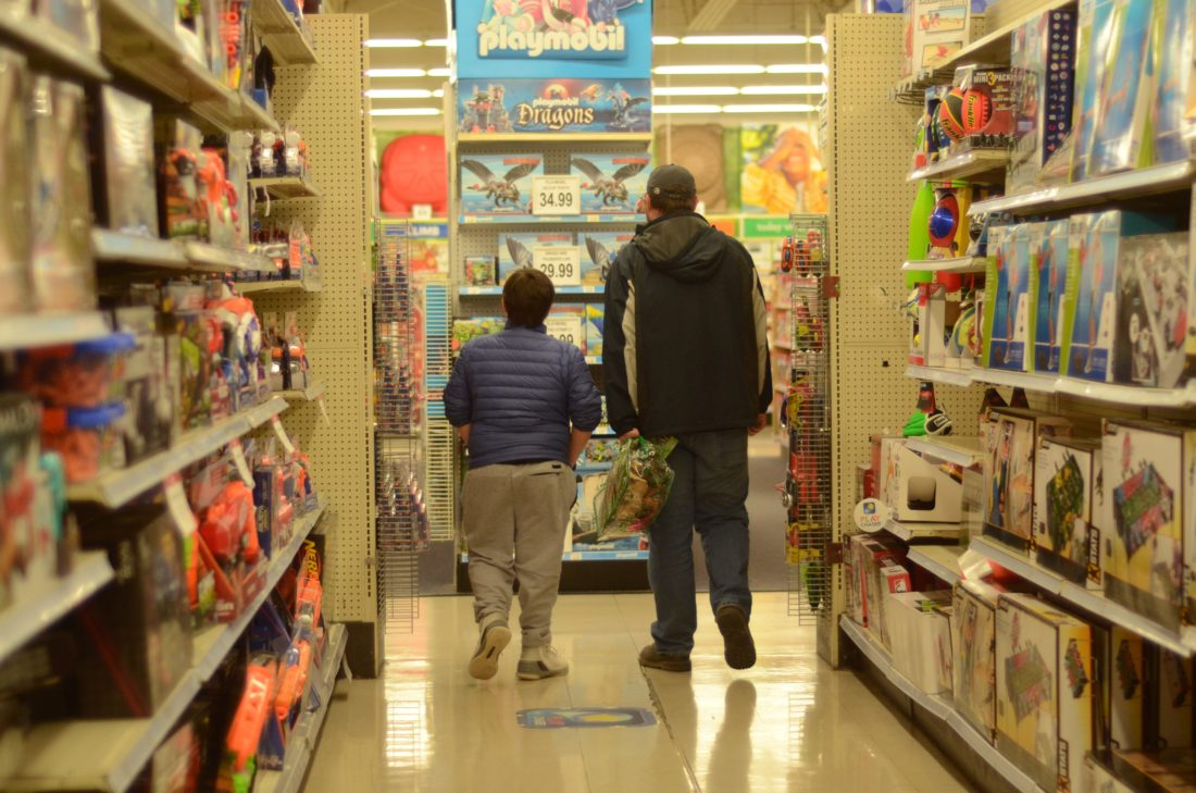 Report Toys R Us Stores Including St Clairsville Will Close