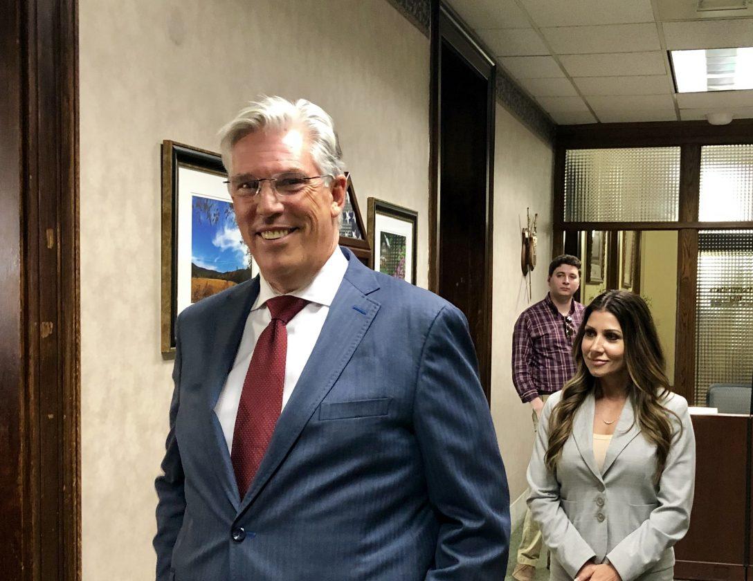Businessman, Former Commerce Secretary Thrasher to Enter Race for W