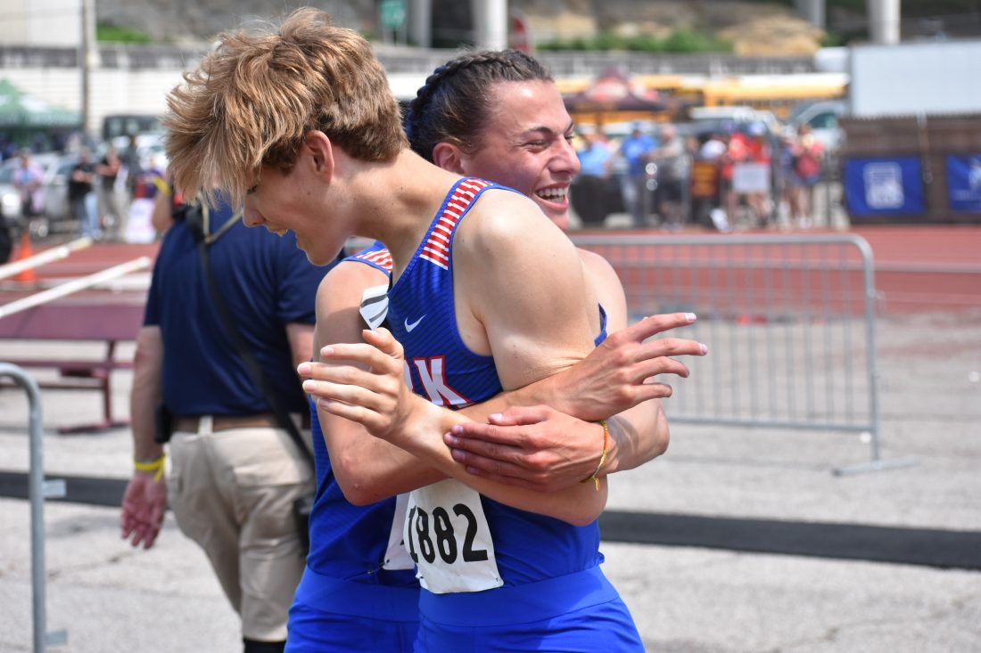 SLIDESHOW: Day 1 Of The West Virginia High School State