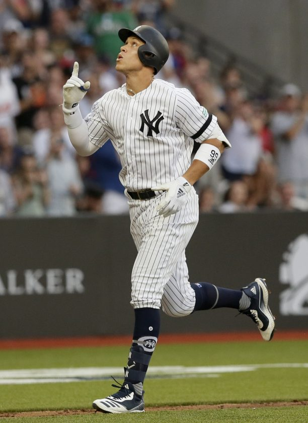 factory authentic 6e00e 4270f New York Tops Boston In MLB Euro Debut   News, Sports ...