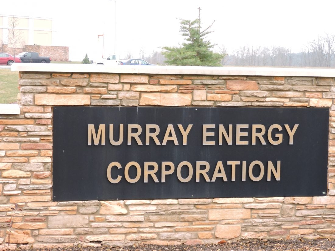 Coal giant Murray Energy, major Trump backer, files for bankruptcy protection