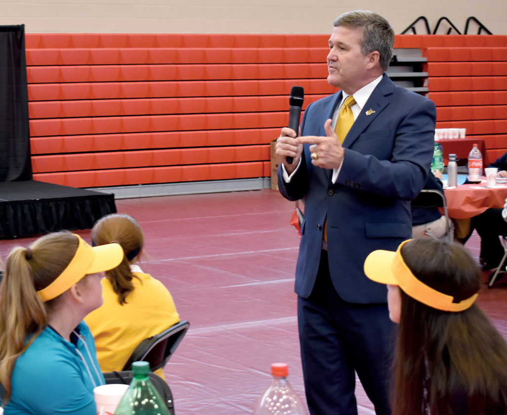 Warner discusses elections, voting | News, Sports, Jobs - The