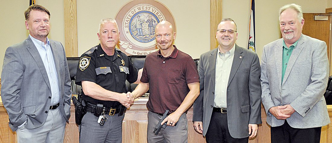 Longtime Randolph deputy retires as new officer is hired
