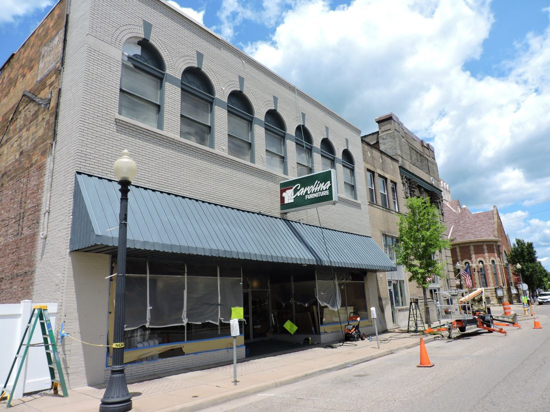 Furniture Store Receiving Face Lift News Sports Jobs The
