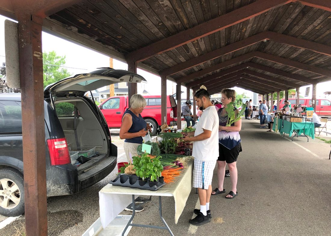 Farmers markets keeps it fresh | News, Sports, Jobs - Times Republican