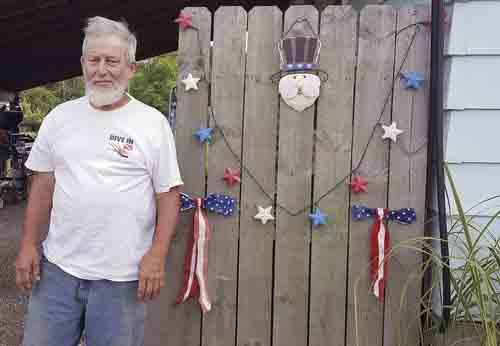 85e79161a Navy vet was radio operator | News, Sports, Jobs - Tribune Chronicle