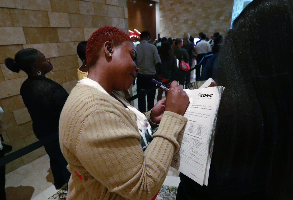 U.S. adds a 164,000 jobs; unemployment rate stays 3.7%