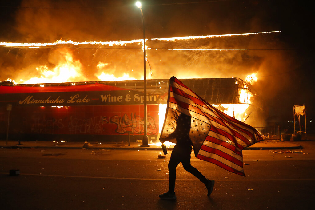 Fri. 8:14 a.m.: Minneapolis police station torched amid George ...
