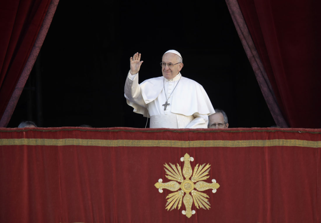 Pope uses Christmas homily to decry modern consumerism