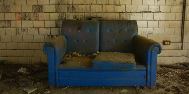 Couchslut_625
