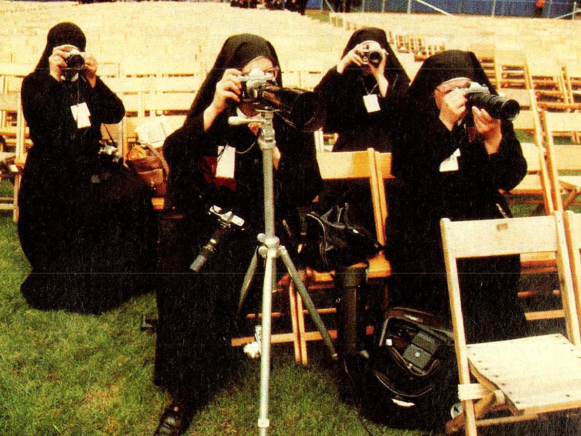 Pope John Paul II - nuns