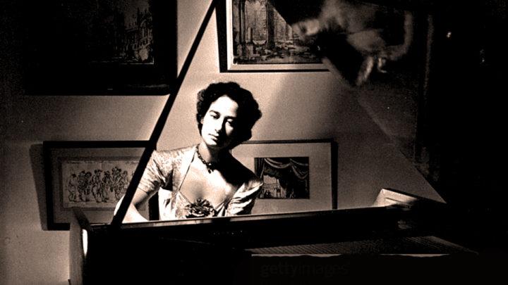 Yella Pessl - Harpsichord