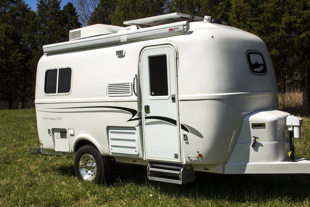 oliver travel trailers legacy elite 1 on a nice sunny day