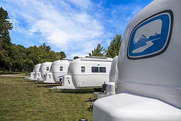 oliver travel trailers legacy elite lined-up sunny day