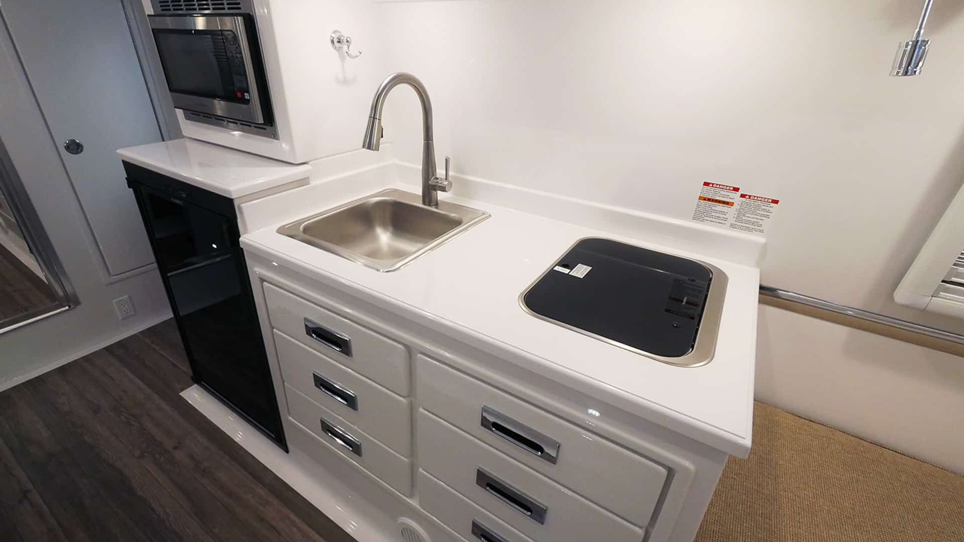oliver travel trailers standard fiberglass kitchen counter-tops
