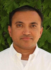Girish Putcha, MD, PhD, chief medical officer and clinical laboratory director at Freenome