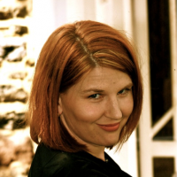 Lindsay Maines