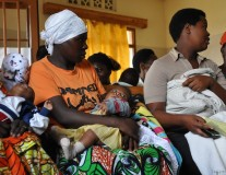 Photos: Rwandan kids vaccinated, thanks to Gavi!
