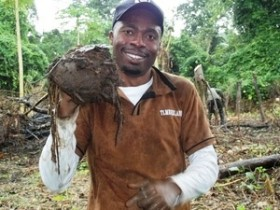 Why this Nigerian chose rural farming over a suit and tie