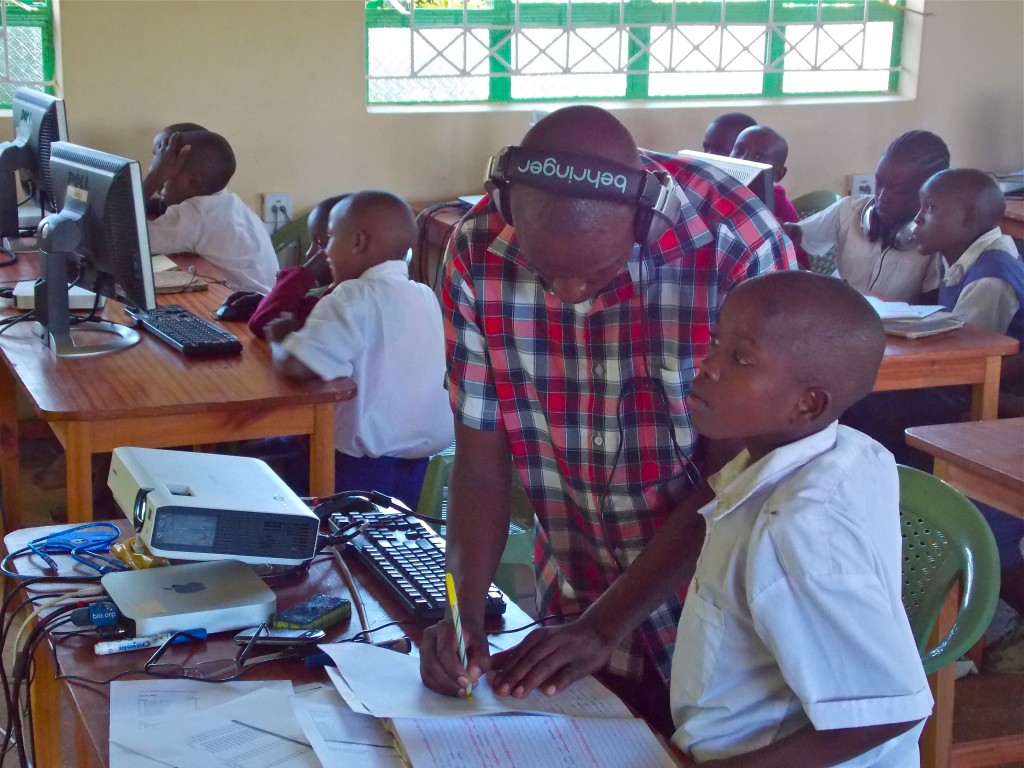 The KC Learning Resource Center in rural Kenya is a state-of-the-art solar powered facility with the only computers available to students for 100km. Kenya Connect partnered with Level Up Village starting in 2015 in order to offer cutting-edge STEAM (STEM + arts) courses to students. (Photo credit: Kenya Connect)