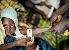 """Mothers can do it:"" How one little bracelet helps moms test their children for malnutrition"