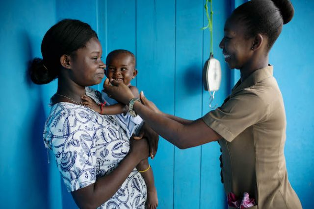 Photo essay: A day in the life of a nurse in western Ghana
