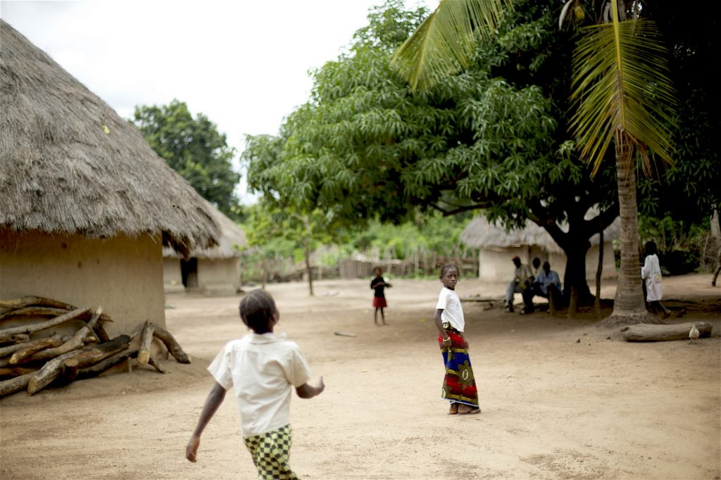 Children in Yereweliah, Guinea.