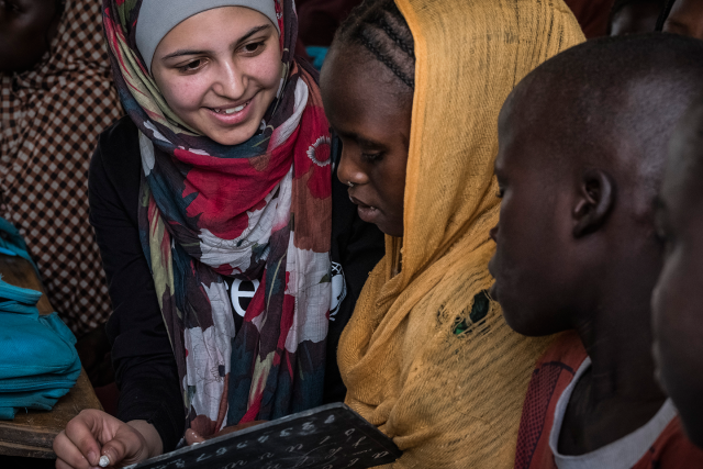 This 19-year-old Syrian refugee is also an education activist!