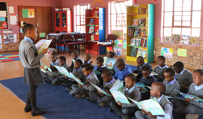 A class at Baxoxele Primary School taking part in the Room to Read literacy program. (Photo credit: Room to Read)