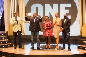 And the winner of the 7th Annual ONE Africa Award is…