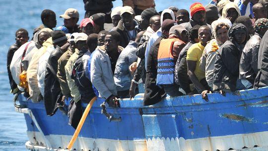 Führende Politiker für besseren Umgang mit Flüchtlingen. Die Top-Themen des Tages.