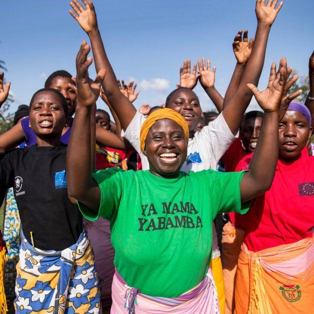 Die G7-Länder brauchen einen revolutionären Plan, um Frauen weltweit zu stärken